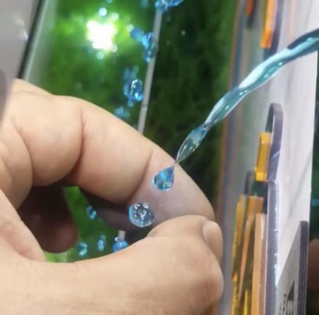 قطرات جادویی آب